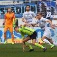 Der MSV Duisburg - in unserem Bild Fabio Leutenecker (r.) - rannte im Spiel gegen den SV Wehen zu oft hinther.