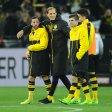 Zufrieden: BVB-Trainer Thomas Tuchel (2. v. l.).
