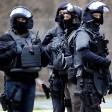 In Leverkusen hat die Polizei mutmaßliche Waffenhändler festgenommen