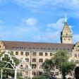 Außenansicht von Dienstag, den 05.09.2017 vom Rathaus und dem Rathausturm in Duisburg. Foto: Stephan Eickershoff / FUNKE Foto Services