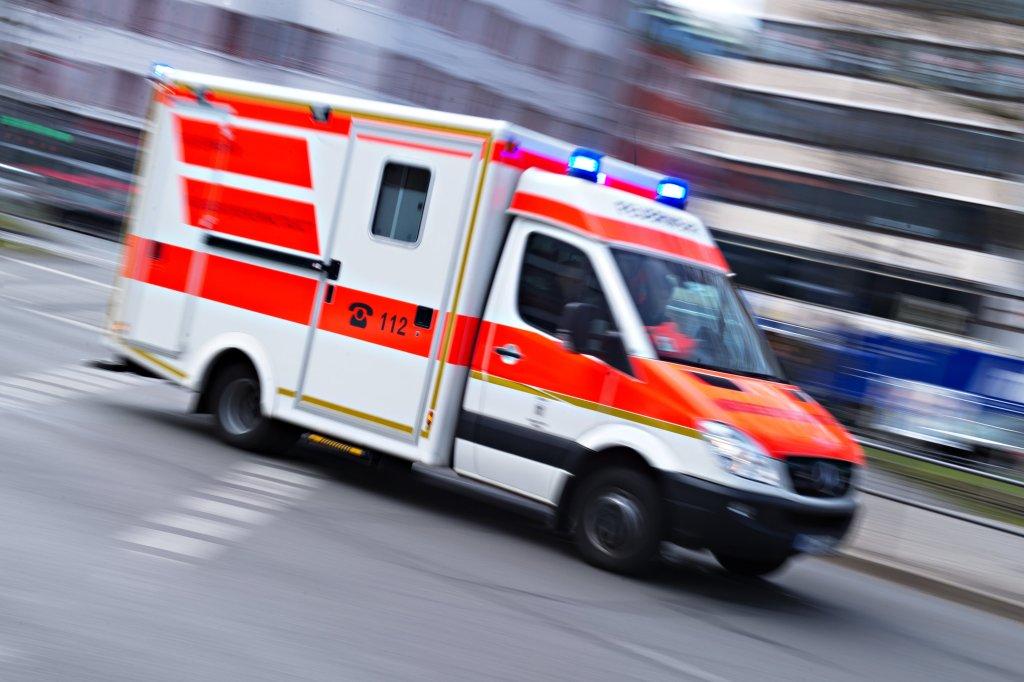Schrecklicher Unfall: Betrunkener (28) fährt Frau (31) tot - Region ...