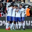 Großer Jubel in Leverkusen: Schalke gewann das Topspiel mit 2:0.