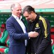 Augsburgs Manager Stefan Reuter (l.) mit seinem BVB-Kollegen Michael Zorc (r.).