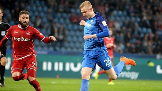 Verletzt: Jannik Bandowski vom VfL Bochum (r.).