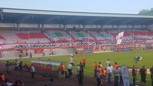 Die RWO-Fans hatten sich für das Finale gegen RWE etwas Besonderes einfallen lassen.