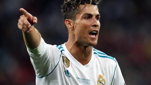 Cristiano Ronaldo zu Juventus Turin - es wäre der große Transfer-Hammer des Sommers.