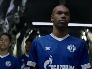 Das neue Trikot des FC Schalke 04 - so sieht es aus.