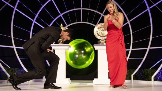 Trafen sich beim Champions-Dinner in Wimbledon: Angelique Kerber (r.) und Novak Djokovic (l.).