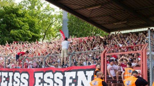 Die Fans von Rot-Weiss Essen sind schon richtig heiß auf den Saisonbeginn.