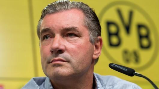 Borussia Dortmund und Sportdirektor Michael Zorc sollen mehr Geld für Spieler ausgeben, meint Frankfurts Sportchef Bruno Hübner.