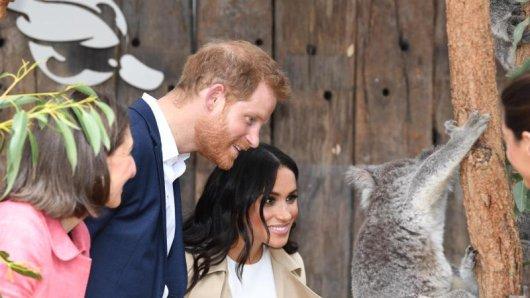 Prinz Harry und Herzogin Meghan erwarten ihr erstes Baby. Briten schließen bereits Wetten ab, wie der Nachwuchs heißen wird.