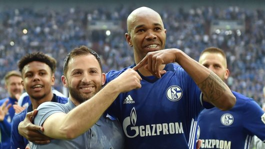 Naldo hat seinen Vertrag beim FC Schalke 04 verlängert. Domenico Tedesco gefällt das.
