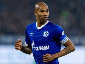 Schalkes Naldo konnte die Reise nach Istanbul nicht antreten.
