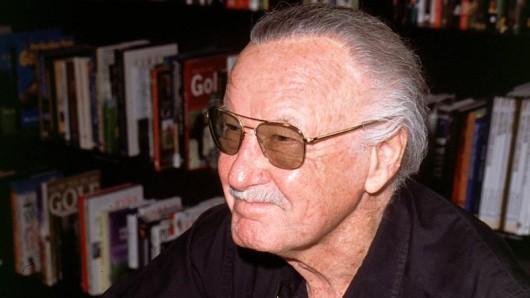 """Stan Lee, Erfinder von Comicfiguren wie """"Spider-Man"""" und """"Iron Man"""", ist nach übereinstimmenden Medienberichten verstorben."""