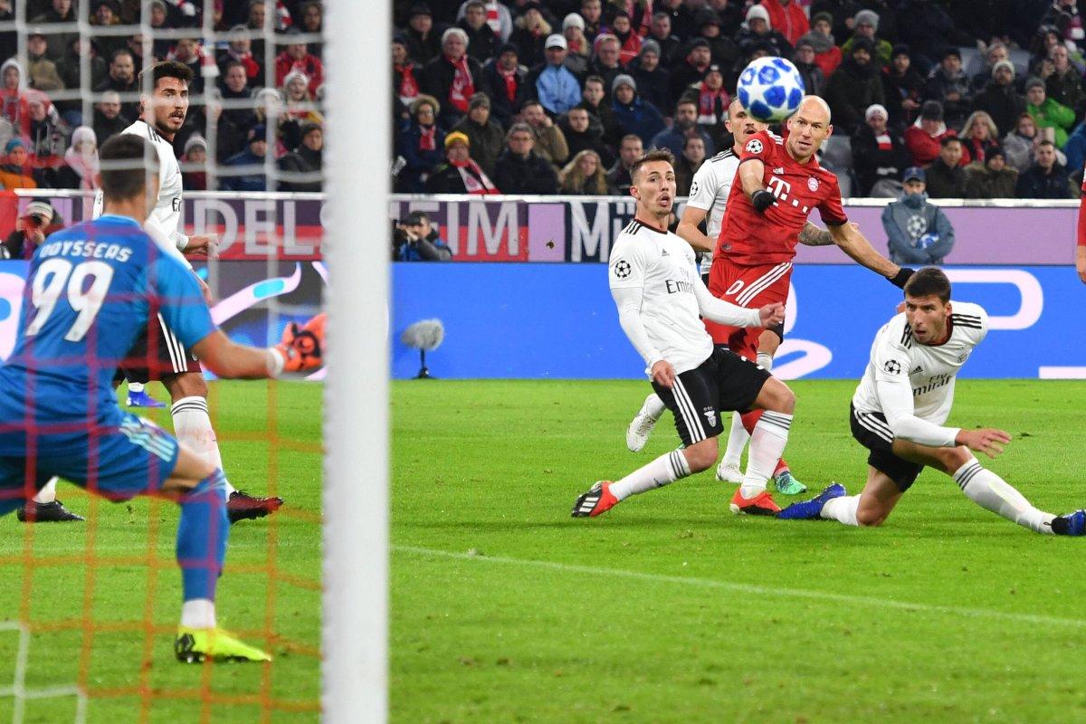 Bayern Nehmen Benfica Auseinander Und Machen Achtelfinale