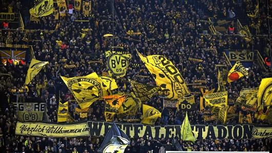 Beim Spiel zwischen Dortmund und Brügge mischte Kevin Großkreutz sich ins Getümmel der Südtribüne.