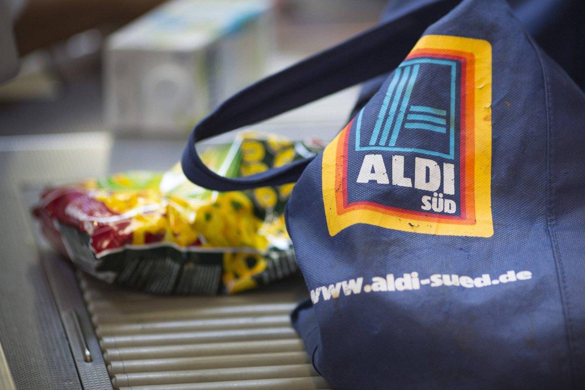 Aldi Tv Werbung Gasgrill : Camping gasgrill angebot bei aldi süd ab