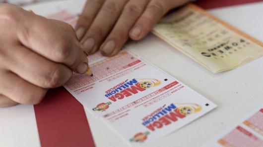 Ein Lotto-Spieler aus den USA hat den größten Jackpot aller Zeiten geknackt. (Symbolbild)