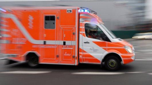 Ein Rettungswagen im Einsatz. (Symbolbild)