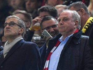 Die letzte Niederlage des FC Bayern München bei Borussia Dortmund hat Uli Hoeneß ganz und gar nicht geschmeckt.