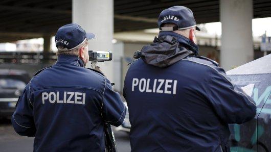 Polizei Dortmund veröffentlicht auf Facebook die witzige Mitteilung einer geblitzten Person und diese regt sich nicht über das Bußgeld auf. (Symbolbild)