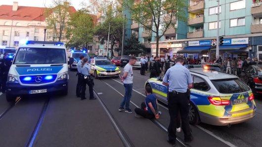 Großeinsatz der Polizei in Mülheim am Karfreitag.