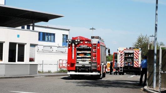 Die Feuerwehr musste den Mann (40) nach seinem tödlichen Sturz aus einem Silo in Bochum bergen.