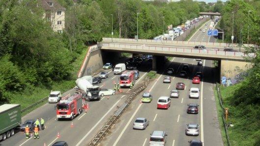 Die A52 ist nach einem Unfall in Essen-Rüttenscheid am Donnerstagnachmittag gesperrt.