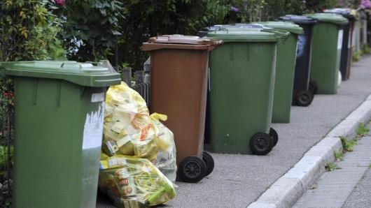 Die Müllgebühren in deutschen Städten unterscheiden sich stark. Doch ausgerechnet in drei NRW-Städten sind sie besonders hoch.