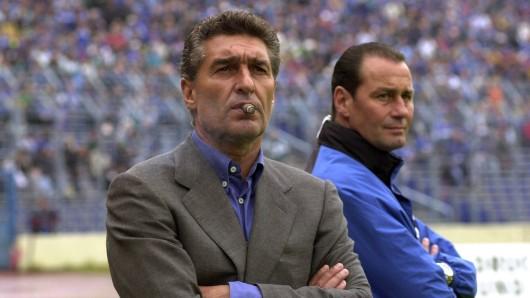 Rudi Assauer (†74) und Huub Stevens (65) gehören zu den Hauptprotagonisten der Kult-Doku über den FC Schalke 04.