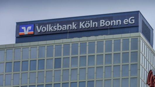 Volksbank sieht schwarz für die Privatkunden der deutschen Banken: Bald könnte es Strafzinsen geben. (Symbolbild)