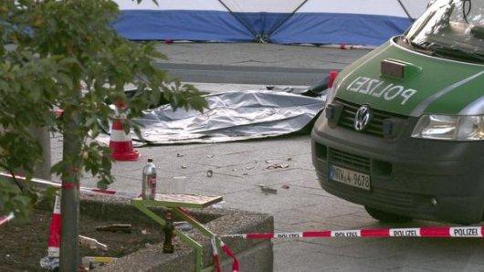 Köln: Ein Mann ist bei einer Massenschlägerei ums Leben gekommen. Zehn Männer wurden festgenomen.