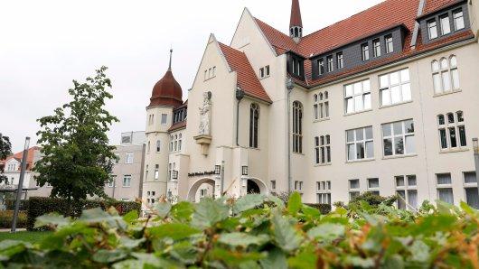 Gelsenkirchen: Innerhalb kurzer Zeit wurden in Saint Marien-Hospital in Buer drei Babys mit Fehlbildungen an den Händen geboren.