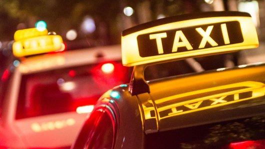 In Berlin geriet ein Taxifahrer in Streit mit einem Mann. (Symbolbild)