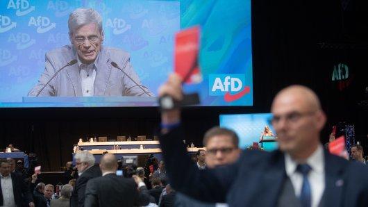 Wolfgang Gedeon erntete beim AfD-Bundesparteitag in Braunschweig saftige Kritik.