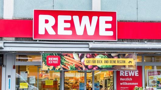 Die Schließung einer Rewe-Filiale in Bochum sorgt für Bestürzung. (Symbolbild)