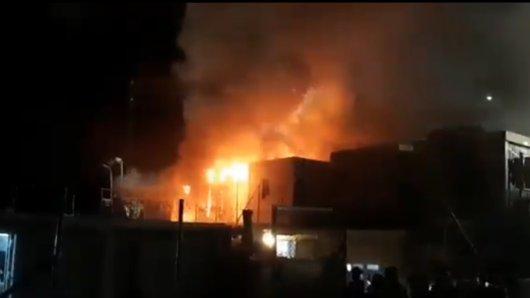 Nach Moria brennt es nun in einem Lager in Samos.