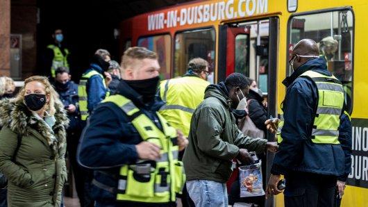 Großkontrolle gegen Maskenmuffel in Duisburg und anderen NRW-Städten.