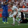 Die DFB-Frauen siegten gegen Italien knapp mit 2:1.