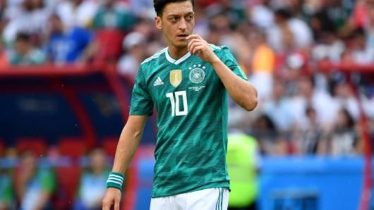 Mesut Özil trat am Sonntagabend von der deutschen Nationalmannschaft zurück.