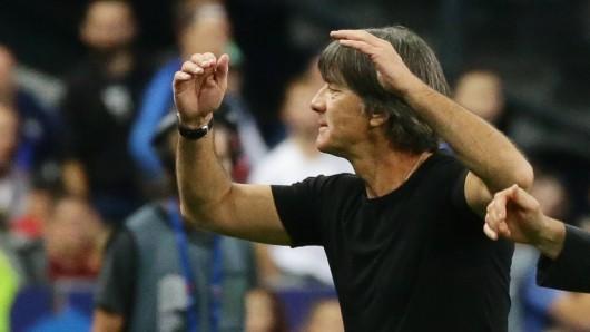 Joachim Löw haderte mit dem Elfmeter, der Deutschland in Frankreich einen Punkt kostete.