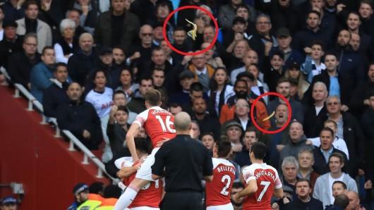 Pierre-Emerick Aubameyang wurde beim Spiel zwischen Arsenal und Tottenham mit einer Banane beworfen.