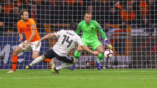 Die Partie Niederlande - Deutschland endet 3:2 für die DFB-Elf. Schulz schockt Holland in der 90. Minute.