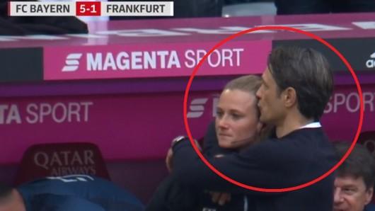 FC Bayern München wurde Meister, doch Fans rätselten nur über diese Szene: Wem gab Kovac hier einen Kuss? Wer war die junge Frau?