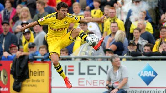 Mateu Morey traf direkt im ersten Spiel für Borussia Dortmund gegen Schweinberg.
