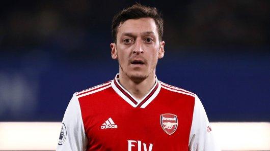 Mesut Özil ist auf Twitter attackiert worden.