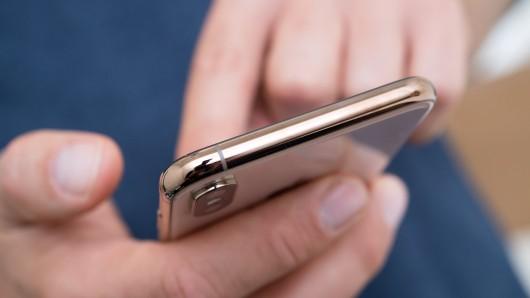 In Gelsenkirchen seien Behördengänge bald über das Smartphone möglich. (Symbolbild)