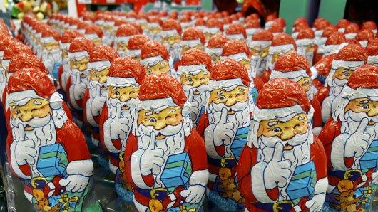 In Gelsenkirchen kauft ein Mann 600 Schokoladen-Nikoläuse. Er selbst will jedoch keinen einzigen davon verputzen. (Symbolbild)