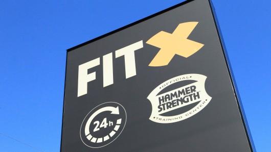 Eine Fitx-Kundin aus Gelsenkirchen ist sauer. Sie soll zahlen, ohne Leistung zu erhalten.