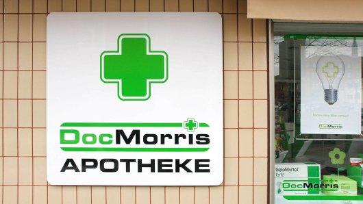 Schon seit Jahren streiten sich DocMorris und die Apothekerkammer Nordrhein vor diversen Gerichten. Es geht um die Frage, ob der Online-Händler verschreibungspflichtige Medikamente billiger verkaufen darf als sie an der Ladentheke kosten würden.